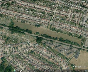 Old Farm Park, Sidscup, half of which s proposewd for sell-off by Bexley Council, despite this including an area recommendedfor inclusion in the Sidcup rail linesides SINC by London Wildlife trust. (Image from Google Earth)
