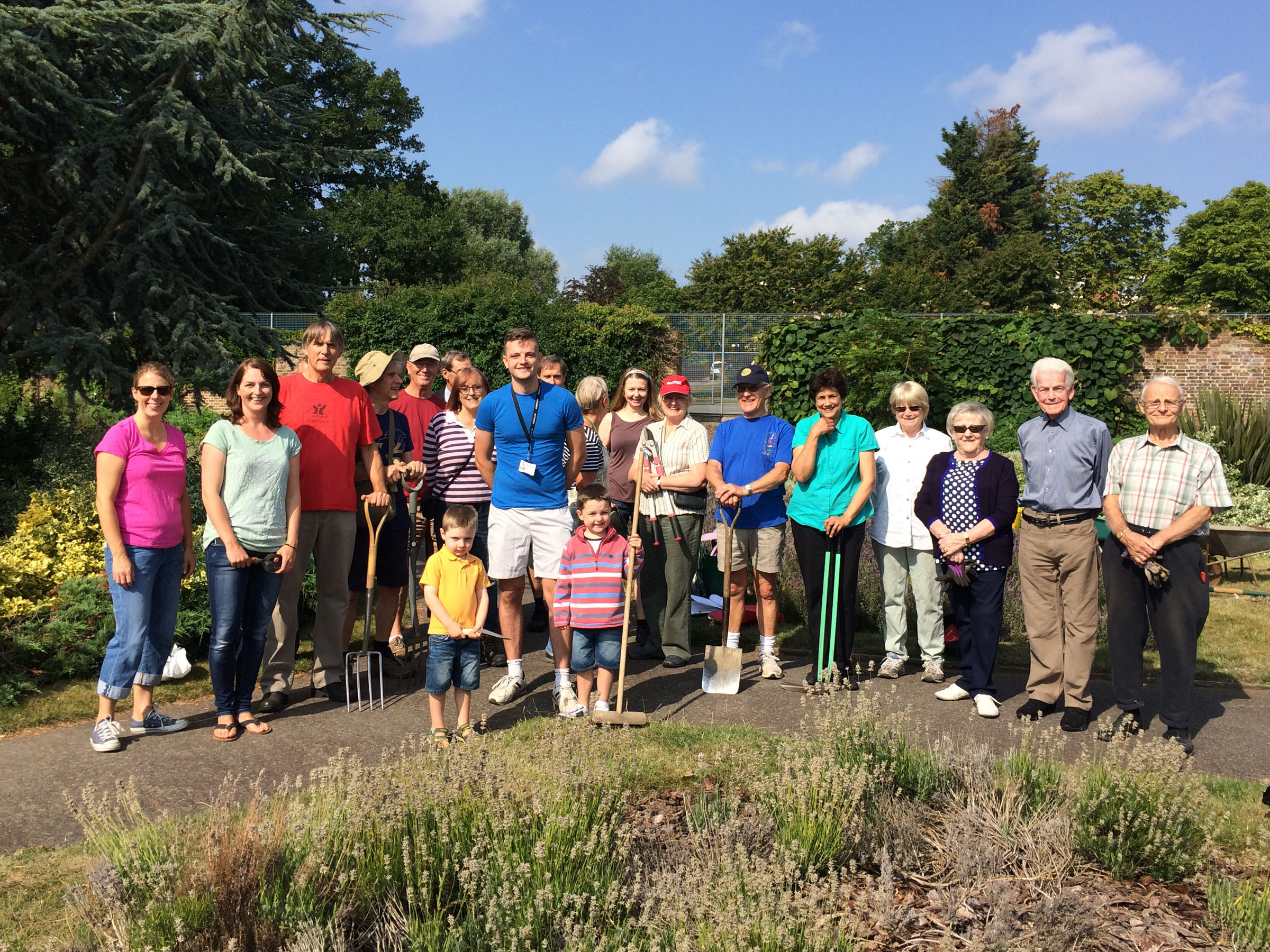 Sidcup Place Rose Garden, the team.