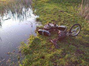 For local criminals waterways in the lower Cray area have become the dump site of choice for stolen motorbikes and scooters. (Photo: Chris Rose)